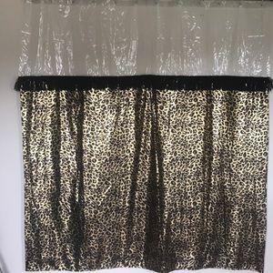 Leopard Gold shower curtain